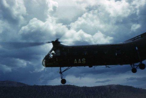 014 - Banane - Hélicoptère d'héliportage