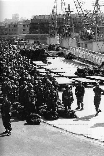 1956-embarquement-a-marseille.jpg